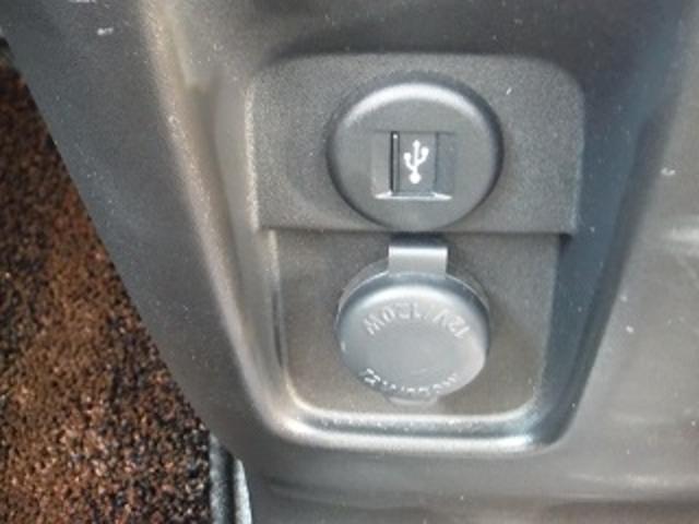 ハイブリッドGS 全方位モニターカメラパッケージ 衝突軽減ブレーキ パワースライドドア アイドリングストップ スマートキー ヘッドアップディスプレイ シートヒーター LEDオートライト LEDフォグ コーナーセンサー(30枚目)