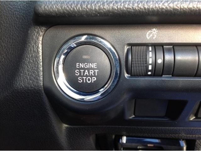 専用STI黒ハーフレザーシート・専用STIキャリパー・専用STI18アルミ・STIエアロ・スマートキー・LED・ナビTV・バックモニター