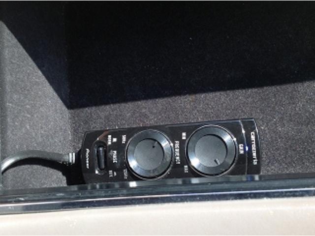 標準仕様車 ナビフルセグTV 後席モニター 本革シート カールソンCR1/11R LEDヘッドライト 後期テール パワーシート&シートヒーター 後席リフレッシュシート ビルトインETC ウッドコンビステアリング(20枚目)