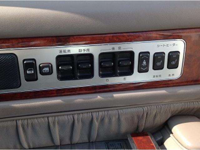標準仕様車 ナビフルセグTV 後席モニター 本革シート カールソンCR1/11R LEDヘッドライト 後期テール パワーシート&シートヒーター 後席リフレッシュシート ビルトインETC ウッドコンビステアリング(25枚目)