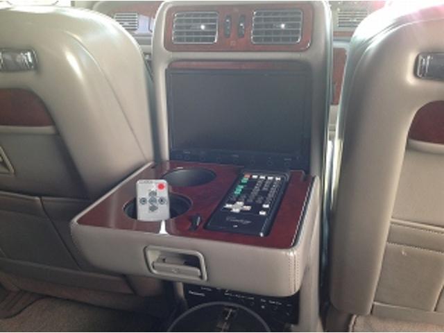 標準仕様車 ナビフルセグTV 後席モニター 本革シート カールソンCR1/11R LEDヘッドライト 後期テール パワーシート&シートヒーター 後席リフレッシュシート ビルトインETC ウッドコンビステアリング(28枚目)