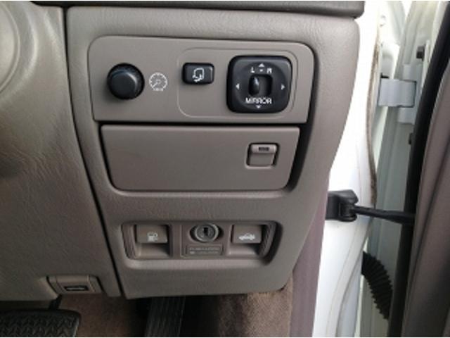 標準仕様車 ナビフルセグTV 後席モニター 本革シート カールソンCR1/11R LEDヘッドライト 後期テール パワーシート&シートヒーター 後席リフレッシュシート ビルトインETC ウッドコンビステアリング(34枚目)