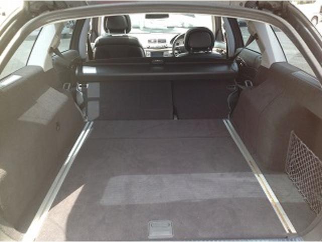 E280ステーションワゴン AVGスポーツエディション 黒革シート サンルーフ メーカナビ パワーシート シートヒーター コーナーセンサー クルーズコントロール HIDオートライト パワーゲート バックフォグ ETC(22枚目)