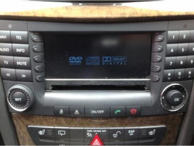 E280ステーションワゴン AVGスポーツエディション 黒革シート サンルーフ メーカナビ パワーシート シートヒーター コーナーセンサー クルーズコントロール HIDオートライト パワーゲート バックフォグ ETC(24枚目)