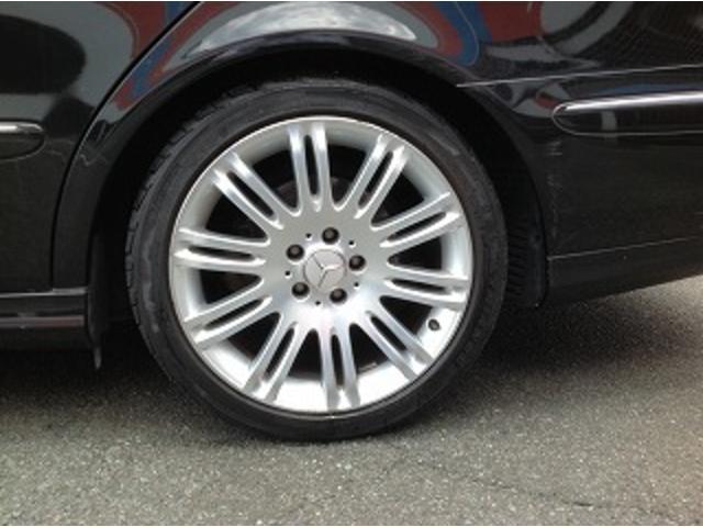 E280ステーションワゴン AVGスポーツエディション 黒革シート サンルーフ メーカナビ パワーシート シートヒーター コーナーセンサー クルーズコントロール HIDオートライト パワーゲート バックフォグ ETC(54枚目)