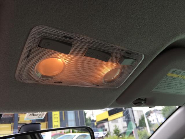 室内灯です。LEDに交換もできます。スタッフにお気軽にお尋ね下さい!!
