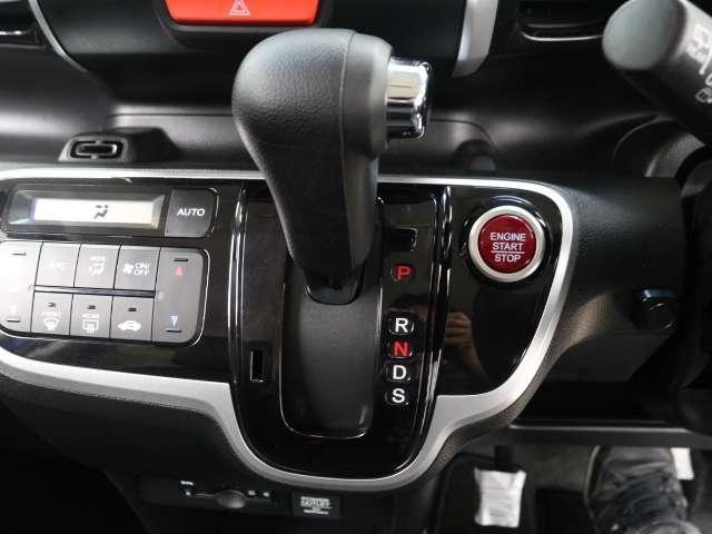 G・ターボLパッケージ SDナビDTV Bluetooth CD録音可 両電動S(8枚目)