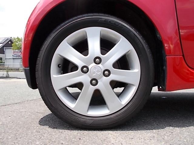 タイヤサイズ・フロント145/65R15インチ・リア175/55R15インチサイズ・三菱純正アルミホイール!