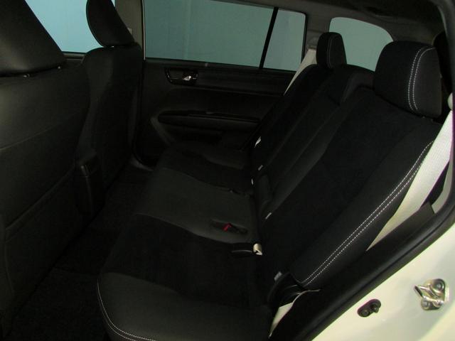 トヨタ カローラフィールダー ハイブリッドG エアロツアラー・ダブルバイビー