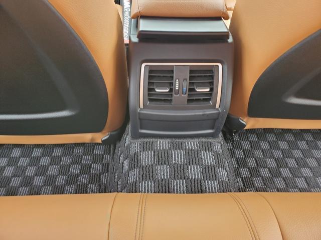 「BMW」「4シリーズ」「セダン」「愛知県」の中古車17