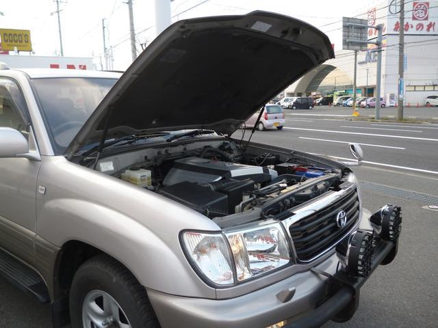 トヨタ ランドクルーザー100 VXリミテッド1ナンバー登録グリルガード