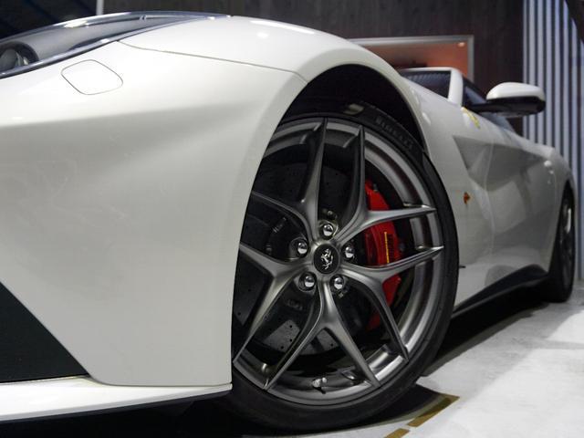 フェラーリ フェラーリ F12ベルリネッタ ベースグレード カーボンLEDステアリング バックカメラ
