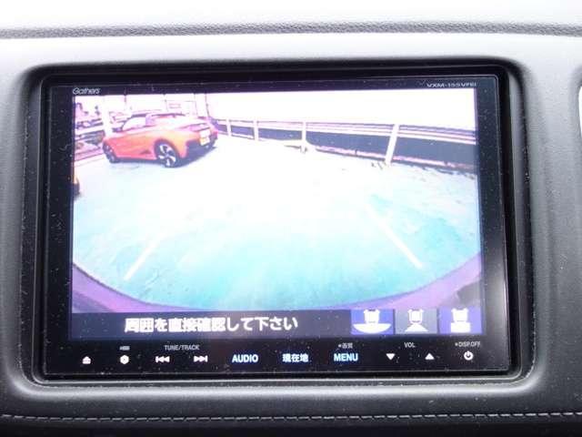 バックカメラもあります。駐車が苦手な人も安心です。
