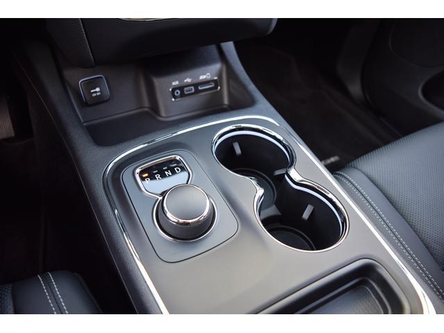 ダッジ ダッジ デュランゴ シタデル AWD 3.6L セカンドキャプテンシート