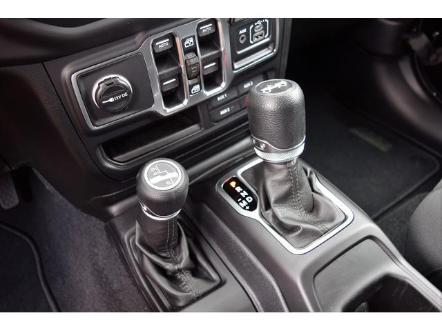 スポーツ 4WD JL 左H 2.0Lターボ(13枚目)