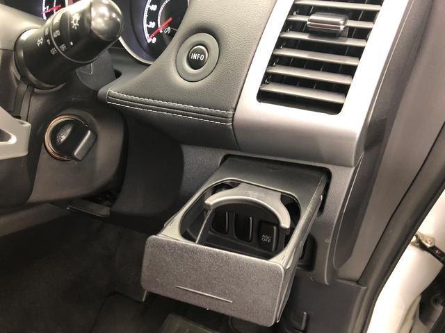 24G 4WD HDDナビ DVD再生 バックカメラ ETC HIDヘッドライト 乗車定員7人 3列シート ワンオーナー 記録簿(28枚目)