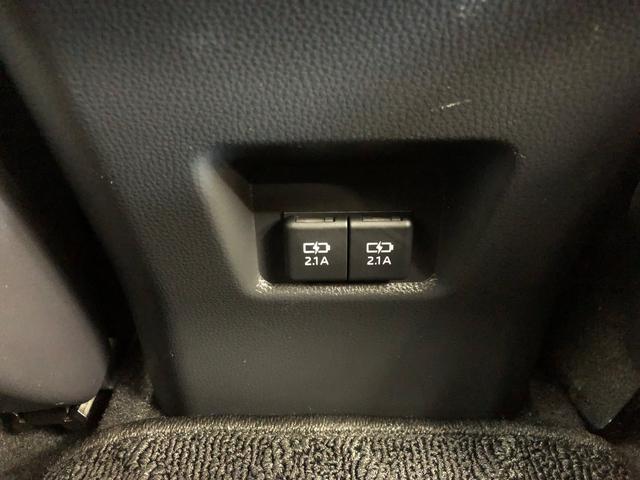 G 4WD ワンセグ メモリーナビ DVD再生 バックカメラ 衝突被害軽減システム ETC ドラレコ LEDヘッドランプ ワンオーナー 記録簿(33枚目)
