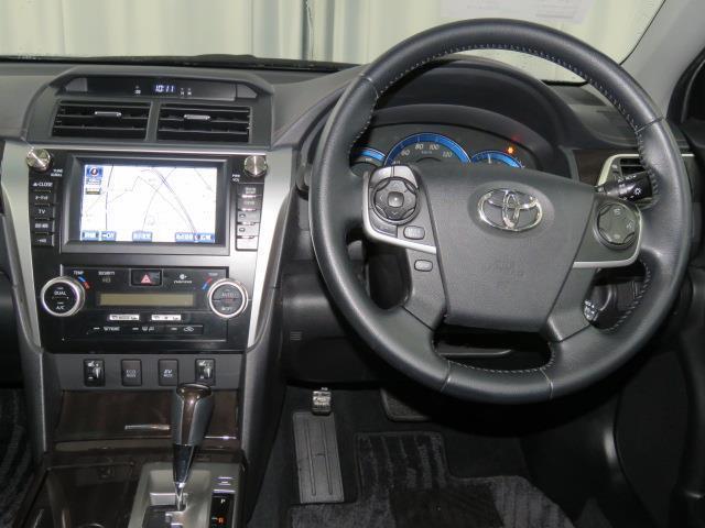 トヨタ カムリ ハイブリッド レザーパッケージ HDDナビ