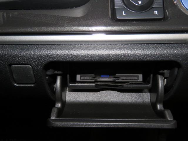 トヨタ クラウンハイブリッド アスリート ワンオーナー HIDヘッドライト 内装赤