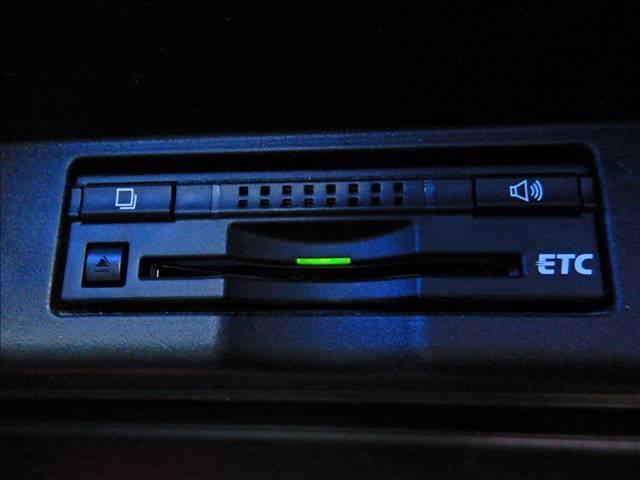 プレミアム 9型ナビTV バックカメラ 後席モニタ LED(5枚目)