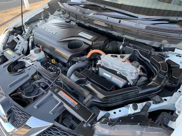 20X HVエクストリーマXエマジェンシーブレーキP メーカーSDナビ アラウンドビューカメラ ETC フルセグ シートヒーター クルーズコントロール 4WD 純正アルミ ステアリングリモコン 防水シート インテリキー アイドリングストップ(14枚目)