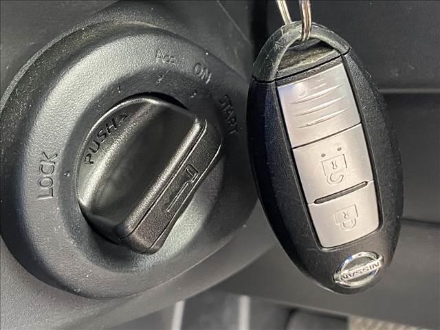 20Xtt フルセグナビ バックカメラ 全席シートヒーター 4WD 純正18inアルミ クルーズコントロール カプロンシート フォグランプ ダウンヒルアシストコントロール Bluetooth(10枚目)