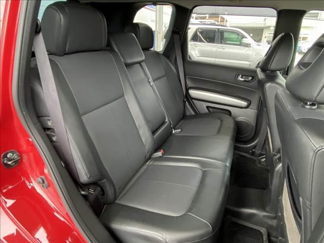 20Xtt フルセグナビ バックカメラ 全席シートヒーター 4WD 純正18inアルミ クルーズコントロール カプロンシート フォグランプ ダウンヒルアシストコントロール Bluetooth(13枚目)
