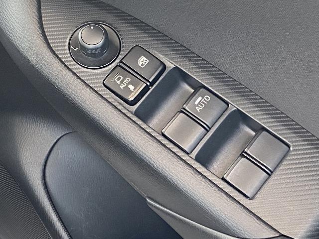XD 4WD コネクトSDナビ フルセグ バックカメラ 純正18アルミ スマートキー プッシュスタート ETC LEDヘッドライト フルフラット アイドリングストップ(23枚目)