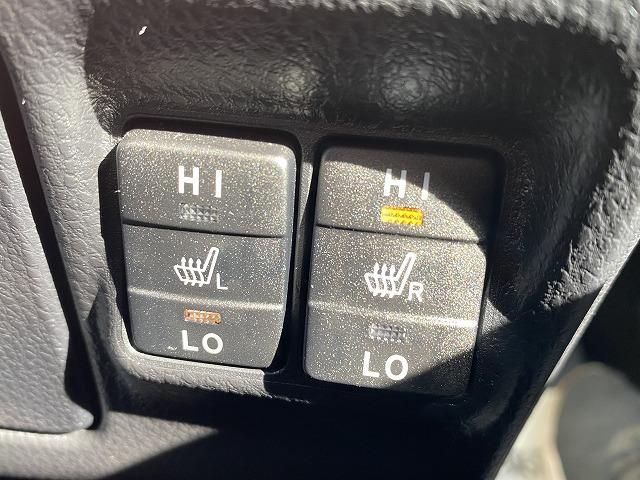 ハイブリッドGi 純正9型ナビ バックカメラ ETC フルセグ 両側電動ドア シートヒーター クルーズコントロール セーフティセンス 7人乗り LEDヘッドライト 純正アルミ スマートキー アイドリングストップ(6枚目)