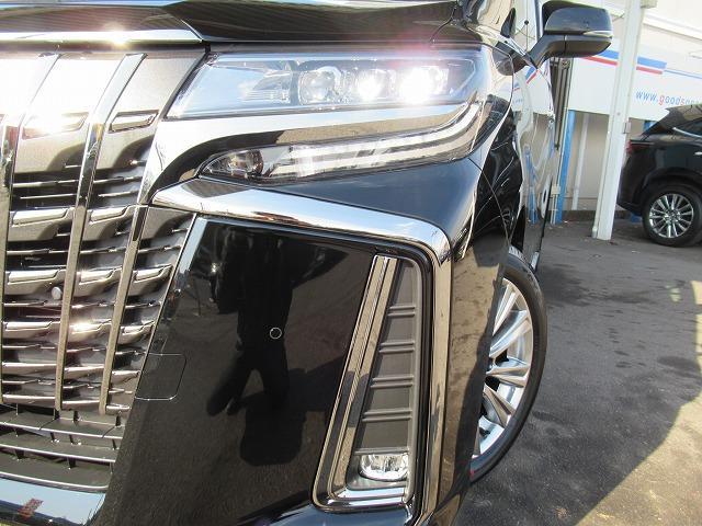 2.5S タイプゴールド 新車未登録 ディスプレイオーディオ バックカメラ 両側電動ドア パワーバックドア レーダークルーズコントロール Wサンルーフ ハーフレザー 純正アルミ LEDヘッドライト ステアリングリモコン(8枚目)