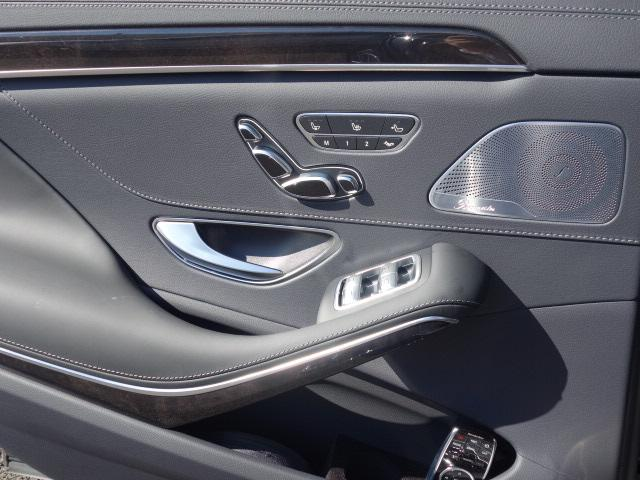 S560eロング AMGラインプラス ショーファーパッケージ(16枚目)