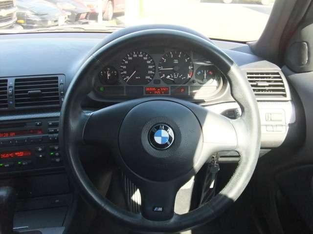 BMW BMW 318i MスポーツP コンビレザーシート 18インチアルミ