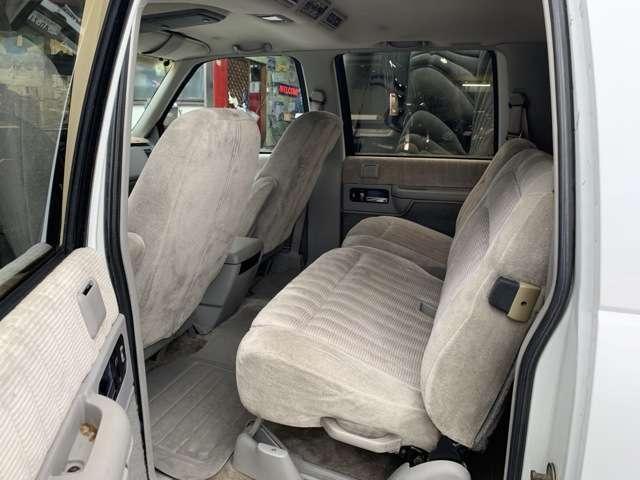 「シボレー」「シボレーサバーバン」「SUV・クロカン」「愛知県」の中古車13