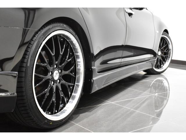 250GT サンルーフ ブラックハーフレザーシート Bluetooth HDD フルセグ サイドバックカメラ ETC 新品タナベ車高調 新品21インチタイヤホイール 新品フルエアロ 新品インフィニティエンブレム(5枚目)