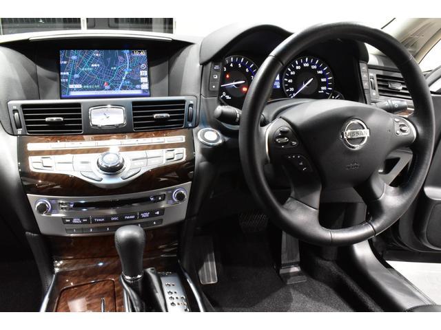 250GT サンルーフ ブラックハーフレザーシート Bluetooth HDD フルセグ サイドバックカメラ ETC 新品タナベ車高調 新品21インチタイヤホイール 新品フルエアロ 新品インフィニティエンブレム(11枚目)