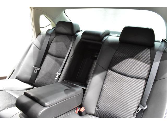 250GT サンルーフ ブラックハーフレザーシート Bluetooth HDD フルセグ サイドバックカメラ ETC 新品タナベ車高調 新品21インチタイヤホイール 新品フルエアロ 新品インフィニティエンブレム(50枚目)