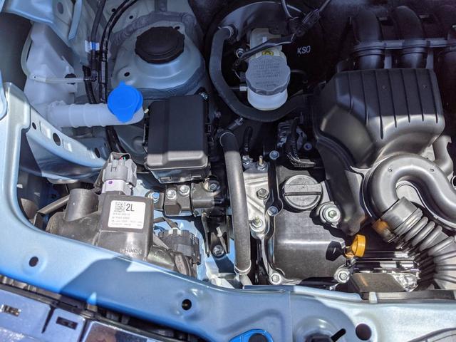 ハイブリッドX ブルー/ホワイトツートン LED ドラレコ 9インチ/純正全方位モニター/純正ナビ/フルセグTV/Bluetooth 衝突被害軽減ブレーキ シートヒーター スマートキー アイドリングストップ 純正AW 走行距離3,000km 禁煙車 修復歴無し(48枚目)