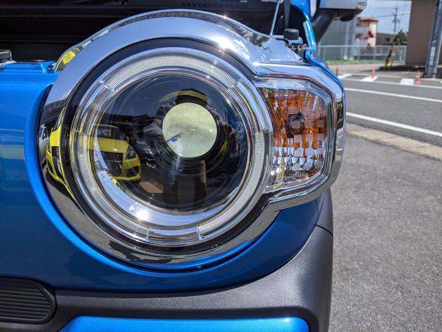 ハイブリッドX ブルー/ホワイトツートン LED ドラレコ 9インチ/純正全方位モニター/純正ナビ/フルセグTV/Bluetooth 衝突被害軽減ブレーキ シートヒーター スマートキー アイドリングストップ 純正AW 走行距離3,000km 禁煙車 修復歴無し(50枚目)