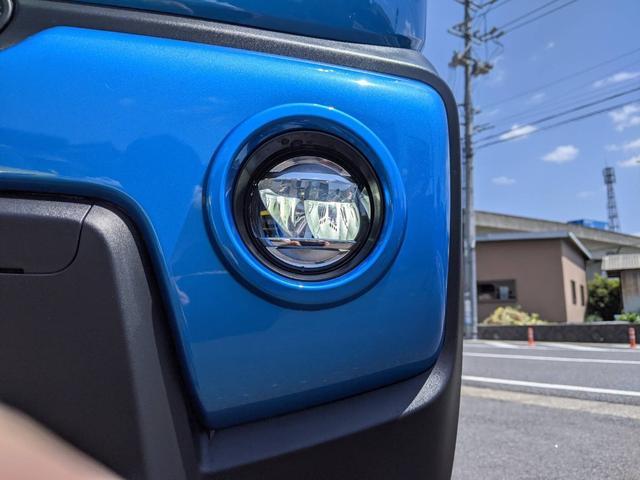 ハイブリッドX ブルー/ホワイトツートン LED ドラレコ 9インチ/純正全方位モニター/純正ナビ/フルセグTV/Bluetooth 衝突被害軽減ブレーキ シートヒーター スマートキー アイドリングストップ 純正AW 走行距離3,000km 禁煙車 修復歴無し(51枚目)
