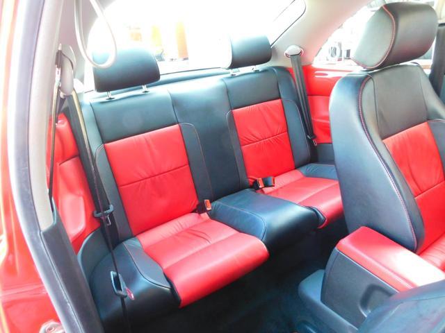フォルクスワーゲン VW ニュービートル サルサ 本革シート 純正ナビ キーレス