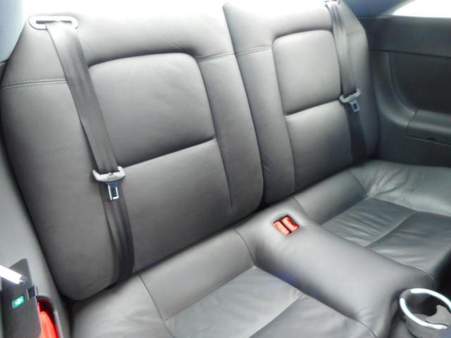 積載車、レッカー車も完備、代車も常時28台完備で安心です。