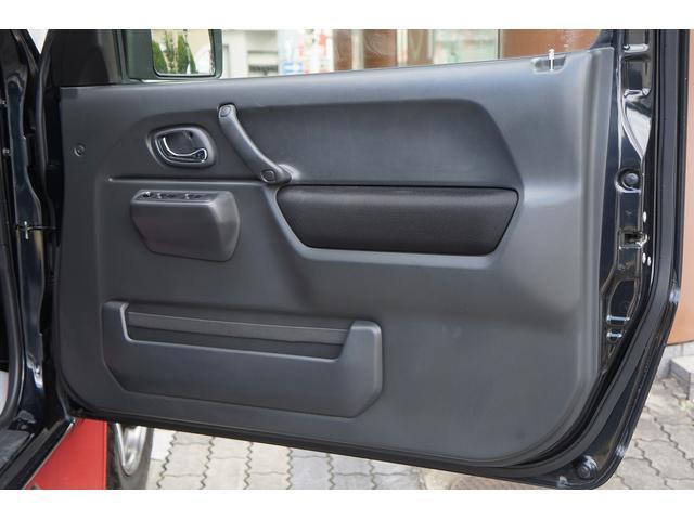 クロスアドベンチャー 4WD/9型/無料1年保証付き/AT車/1オーナー禁煙車/ストラーダナビ/地デジフルセグTV/専用レザーシート/シートヒーター/スズキスポーツアルミステップ/マッドガード/アルミ縞鋼板ラゲッジ/(44枚目)