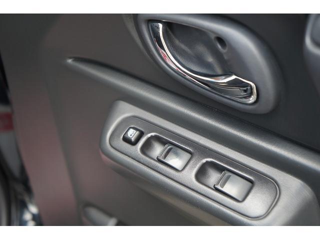 クロスアドベンチャー 4WD/9型/無料1年保証付き/AT車/1オーナー禁煙車/ストラーダナビ/地デジフルセグTV/専用レザーシート/シートヒーター/スズキスポーツアルミステップ/マッドガード/アルミ縞鋼板ラゲッジ/(45枚目)