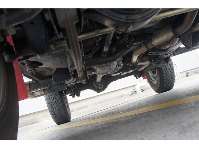 クロスアドベンチャー 4WD/9型/無料1年保証付き/AT車/1オーナー禁煙車/ストラーダナビ/地デジフルセグTV/専用レザーシート/シートヒーター/スズキスポーツアルミステップ/マッドガード/アルミ縞鋼板ラゲッジ/(71枚目)