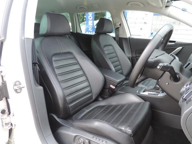 フォルクスワーゲン VW パサートヴァリアント 2.0TSI スポーツライン ブラックレザー HDDナビ