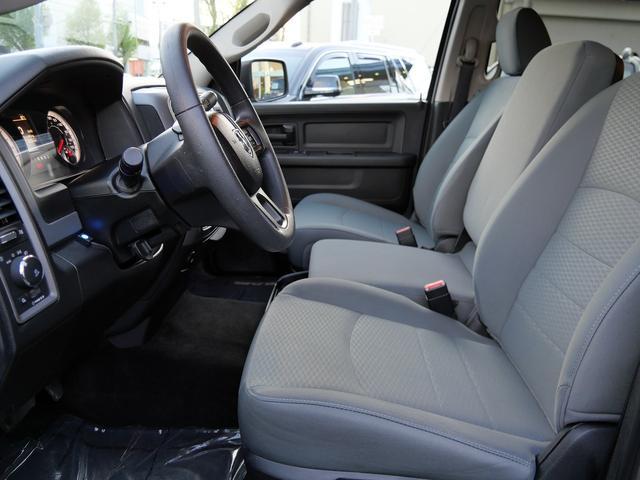 1500 ST 4WD 5.7L HEMI 20インチAW(11枚目)