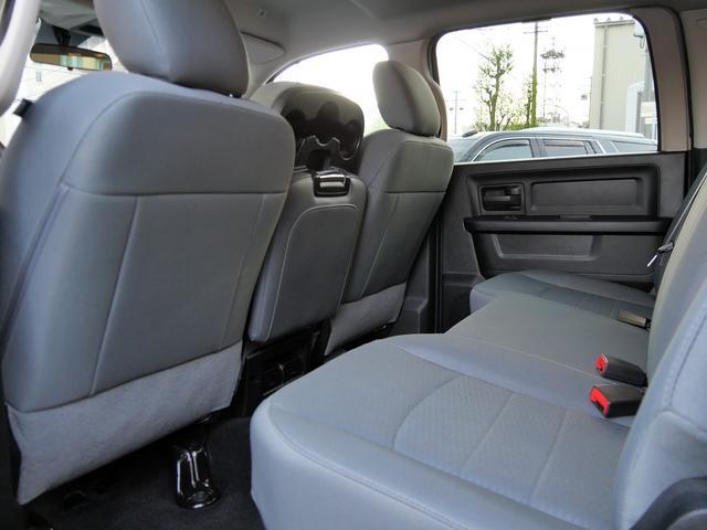 1500 ST 4WD 5.7L HEMI 20インチAW(12枚目)