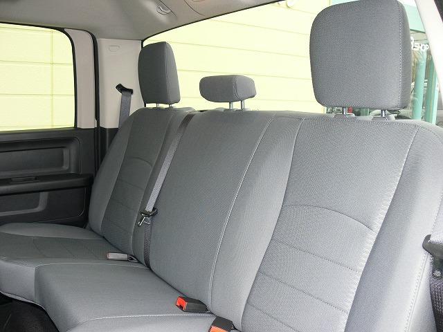 1500 ST 4WD 5.7L HEMI 20インチAW(13枚目)