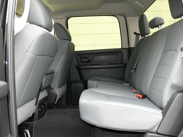 1500 ST 4WD 5.7L HEMI 20インチAW(14枚目)