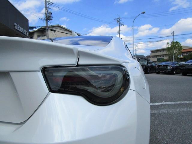 トヨタ 86 GT ファイバーヘッドXテール 流れるウィンカー フルエアロ